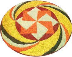 Rangoli onam pookalam design! Rangoli Designs Flower, Colorful Rangoli Designs, Rangoli Designs Diwali, Flower Rangoli, Beautiful Rangoli Designs, Kolam Designs, Flower Designs, Rangoli Colours, Rangoli Patterns