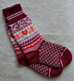Norwegian Scandinavian Hand Crafted 100% wool SOCKS, Medium / Large , folk art, Hearts, Fair Isle