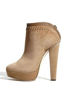 Hello Jimmy Choo shoe lust!