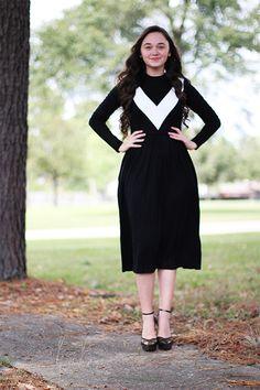 Krista Dress - Black (side pockets)