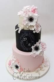 This is a great cake... But I dont think that I would want it at my wedding.