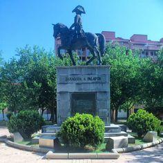 Monumento a General Palafox, Héroe de los Sitios de Zaragoza 1808-1809, Zaragoza España