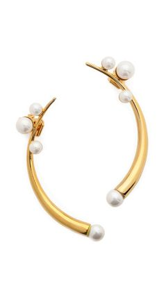 Amber Sceats Curved Imitation Pearl Ear Cuff Set | How would you style this? http://keep.com/amber-sceats-curved-imitation-pearl-ear-cuff-set-by-irinabond/k/2L_aOOABI9/