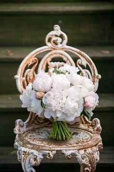 "<div>Floral Design: <a href=""http://kickstandevents.com/"">Kickstand Events</a></div>"