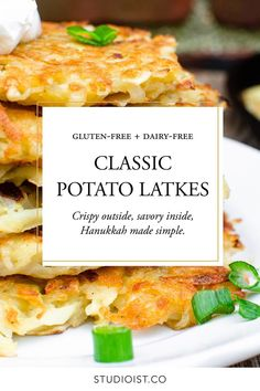 Crispy outside, savory inside, Hanukkah made simple. Gluten free and Dairy Free Recipes. Dairy Free Recipes, Healthy Recipes, Latkes Recipe Gluten Free, Dairy Free Lunches, Gluten Free Lunch Ideas, Healthy Meals, Vegetarian Recipes, Potato Latkes, A Food