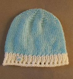 Simple hats don't get cuter than the Lace Border Baby Beanie. Made from the top-down, this quick knit baby hat pattern will make an adorable accessory for any little one. This pattern teaches you how to knit a hat with the stockinette stitch and a cu Baby Hat Knitting Patterns Free, Baby Hat Patterns, Baby Hats Knitting, Knitting For Kids, Knitting Projects, Knitted Hats, Crochet Patterns, Free Knitting, Yarn Projects