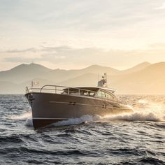 New week, new adventures 🌊  M/Y Christho in SoF photographed by  Boat Building Plans, Boat Plans, Yacht Design, Boat Design, Yatch Boat, Power Boats, Speed Boats, Small Yachts, Yacht Builders