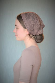 Soft Brown head covering with velvet ties, available at Robin Nest Lane on Etsy. Modest Dresses, Modest Outfits, Modest Fashion, Chapel Veil, How To Wear Scarves, Bandana, Head Coverings, Christian Women, Headgear