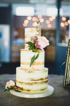Perfect naked wedding cake
