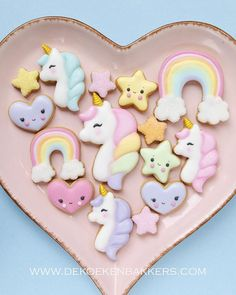❤ New Unicorn Cookie Cutter Set now available in our Etsy shop! (link in bio) Mini Cookie Cutters, Mini Cookies, Cute Cookies, Kawaii Cookies, Royal Icing Cookies, Sugar Cookies, Owl Cookies, Unicorn Cookies, Birthday Cakes
