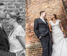 Huwelijk Sjaak & Wendy te Vollenhove  door Hartelief Fotografie. Een plek om te fotograferen midden in Vollenhove waar we eigenlijk niet mochten komen zo bleek. Maar het ging goed en de foto's zijn beeld schoon geworden.
