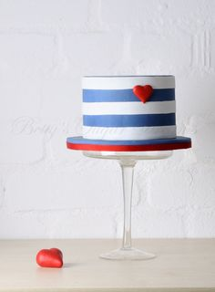 small cake for a nautical love theme