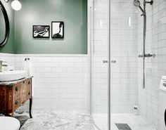 Choosing the Right Bathroom Vanity Bathroom Renos, White Bathroom, Small Bathroom, Green Bathrooms, Serene Bathroom, Lavender Bathroom, Bathroom Marble, Bathroom Inspo, Bathroom Inspiration