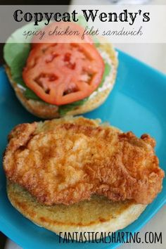 copycat recipes Fantastical Sharing of Recipes: Wendys Spicy Chicken Filet Sandwich Deli Sandwiches, Spicy Chicken Sandwiches, Chicken Sandwich Recipes, Fried Chicken Sandwich, Sandwich Ideas, Sandwich Spread, Vegan Sandwiches, Salad Sandwich, Chicken Salad