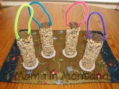 Earth Day craft for kids! Bird feeders!