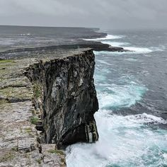 one of the most beautiful places on this earth Beautiful World, Beautiful Places, Beautiful Pictures, Aran Islands Ireland, Oh The Places You'll Go, Places To Visit, Cliffs Of Moher, Countries To Visit, New Journey