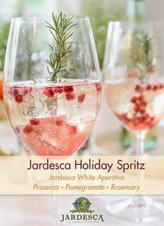 Jardesca California Aperitiva makes lighter and brighter spritzes that refresh holiday entertaining with a California twist.