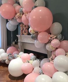 Planning to organise the next style shoots and see this gorgeous balloon installation, does anyone know where can get the marble balloons like that?Beautiful balloons by featured on Balloon Backdrop, Balloon Garland, Balloon Decorations, Birthday Decorations, Balloon Balloon, Balloon Installation, Balloon Columns, Birthday Balloons, Birthday Bash