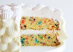 homemade funfetti cake mix ~ http://iambaker.net **Ingredients *2 1/4 C. all-purpose flour  *1 1/2 C. granulated sugar  **Bake 350 for 20-25 min *3 1/2 tsp. baking powder  *1 tsp. salt  *1 C. rainbow jimmies  *1 1/4 C. milk  *2 T. vegetable oil  *1 stick butter softened  *1 T. vanilla extract  *3 large eggs