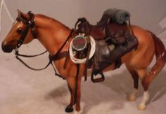 1/9 scale model 1880`s brown Western saddle for traditional size breyer horses