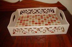 Bandeja provencal em mosaico | Meus Mosaicos e Minhas Histórias | 345FF4 - Elo7 150,00