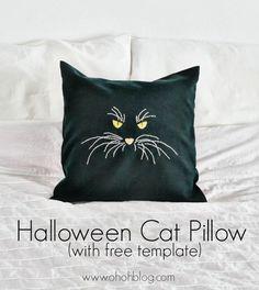 http://www.u-createcrafts.com/2013/10/diy-halloween-cat-pillow.html