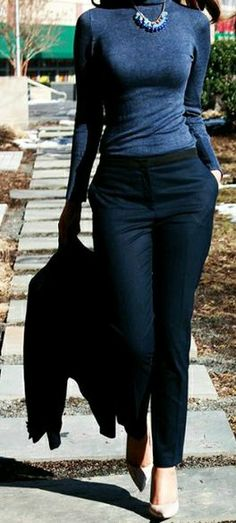 Fashionable Work Outfits Work attire ideas for Fashion outfits Work Outfits Office Outfits Fall Fashion 2019 Winter Outfits 2019 Pants Outfits 2019 Crop Top Outfits 2019 Summer Fashion 2019 Business Outfit Frau, Business Casual Outfits, Office Outfits, Classy Outfits, Business Attire, Business Casual For Women, Corporate Attire, Office Shoes, Fashion Mode