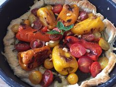 Home cooking - Meatless Monday - Pesto, peppers and cherry tomato tart :)