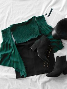 For Teens; For School; Simple Outfit;Two-Piece Set; Shorts ideen for teens frauen shorts outfits Teen Fashion Outfits, Fashion Mode, Edgy Outfits, Mode Outfits, Simple Outfits, Cute Fashion, Look Fashion, Fall Outfits, Summer Outfits