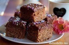 Krydderkake med kaffe- og sjokoladekrem   Det søte liv