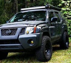 Nice Wheel/Tire Setup, Blacked Out Front Nissan Xtrail, Nissan Trucks, Nissan Xterra, Suv Trucks, Jeep Truck, Cool Trucks, Nissan Hardbody, Navara D40, Adventure Car