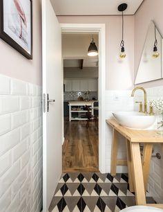 apartamento-escandinavo-Studio-Boscardin-Corsi-lavabo-ladrilho (Foto: Eduardo Macarios)