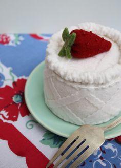 Petite Strawberry Fruit Basket Felt Cake. $22.00, via Etsy.