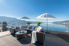 Einzigartiges Penthouse mit atemberaubendem See- und Bergblick, Seezugang sowie Hotelanbindung am Wörthersee Modern, Patio, Outdoor Decor, Home Decor, Container Houses, Objects, Real Estates, Luxury, Trendy Tree