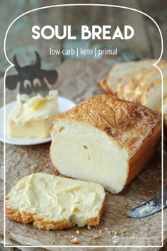 Grain-Free Soul Bread is delicious, nourishing, easy, and contains only 1.3 grams of net carb per serving! Fantastic creation from Martina at KetoDiet #healthy #lowcarb