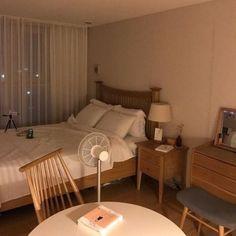 Cozy Home Interior .Cozy Home Interior Home Bedroom, Bedroom Decor, Bedrooms, Room Interior, Interior Design, Minimalist Room, Aesthetic Bedroom, Cozy Room, Dream Rooms