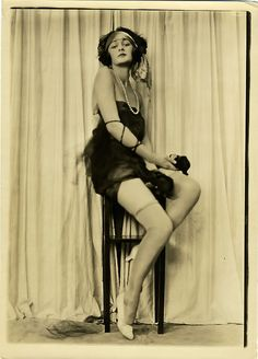 1920's photo by Charles Gates Sheldon for Fox Shoes