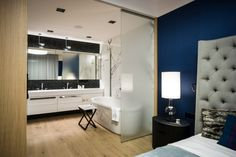 High-Tech and High-End Apartment in Warsaw by Republika Architektury