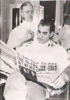 Shah of Iran at a Barber Salon in San Francisco reads the newspaper while getting a haircut. Yin Yang, Iran Pictures, Pahlavi Dynasty, The Shah Of Iran, Farah Diba, Persian Girls, Persian Poetry, Persian Pattern, Iranian Art