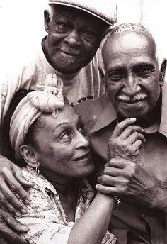 Buena Vista Social Club: Omara Portuondo, Ibrahim Ferrer e Ruben Gonzalez Latin Music, Jazz Music, My Music, Louis Armstrong, Ibrahim Ferrer, Cuba Tours, Musica Salsa, Salsa Music, Photo Star