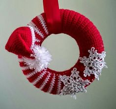 Crochet Christmas Wreath Crochet Christmas Wreath Learn the basics of how to crocheting, at the very Crochet Christmas Wreath, Crochet Wreath, Christmas Crochet Patterns, Holiday Crochet, Xmas Wreaths, Christmas Knitting, Christmas Crafts, Wreath Crafts, Twig Wreath