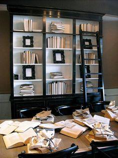 Black Bookshelf w/ Crisp White Shelves and Backing! So Rich Black Bookshelf, White Bookshelves, Black Shelves, Painted Bookcases, Bookshelf Ideas, Black And White Living Room Decor, Black And White Books, Black Decor, Black And White Furniture