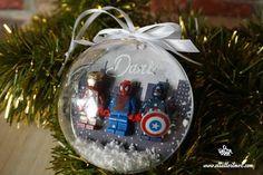 Diy, Navidad , decoracion... Diy Gifts, Snow Globes, Christmas Bulbs, Holiday Decor, Christmas Presents, Ornaments, Crates, Blue Prints, Manualidades