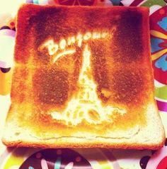 Toast Bonjour Paris