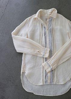 Retro Fashion, Womens Fashion, Summer Blouses, Vintage Velvet, White Shirts, Mens Sweatshirts, Blouse Designs, Couture, Work Wear