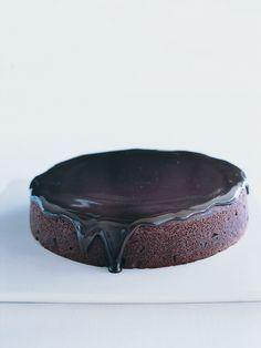 easy chocolate cake - Donna Hay