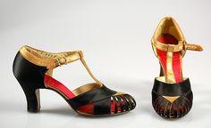 30s heels pumps strap buckle black gold Evening shoes, c. 1934, American.