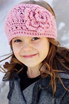 Sew Much Ado: Crochet Headbands - Gerepind door www.gezinspiratie.nl #haken #haakspiratie #knutselen #creatief #kind #kinderen #kids #leuk