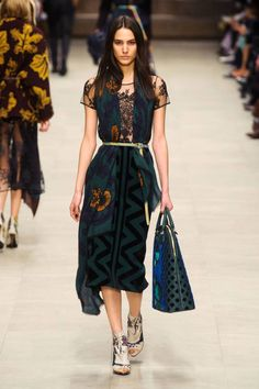 London Fashion Week Fall 2014 - Best London 2014 Runway Fashion - Harper's BAZAAR