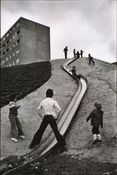 Suburbs of Newcastle, England, 1977,Martine Franck